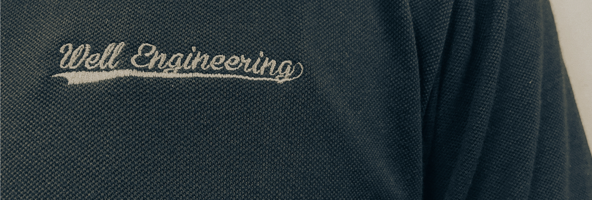 Do you need embroidered logo workwear or printed T-shirts for your staff?